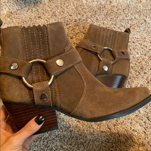 Marc Fisher pointed bootie never worn size 6.5